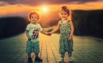Facilitez le jeu entre frères et sœurs et développez leur complicité